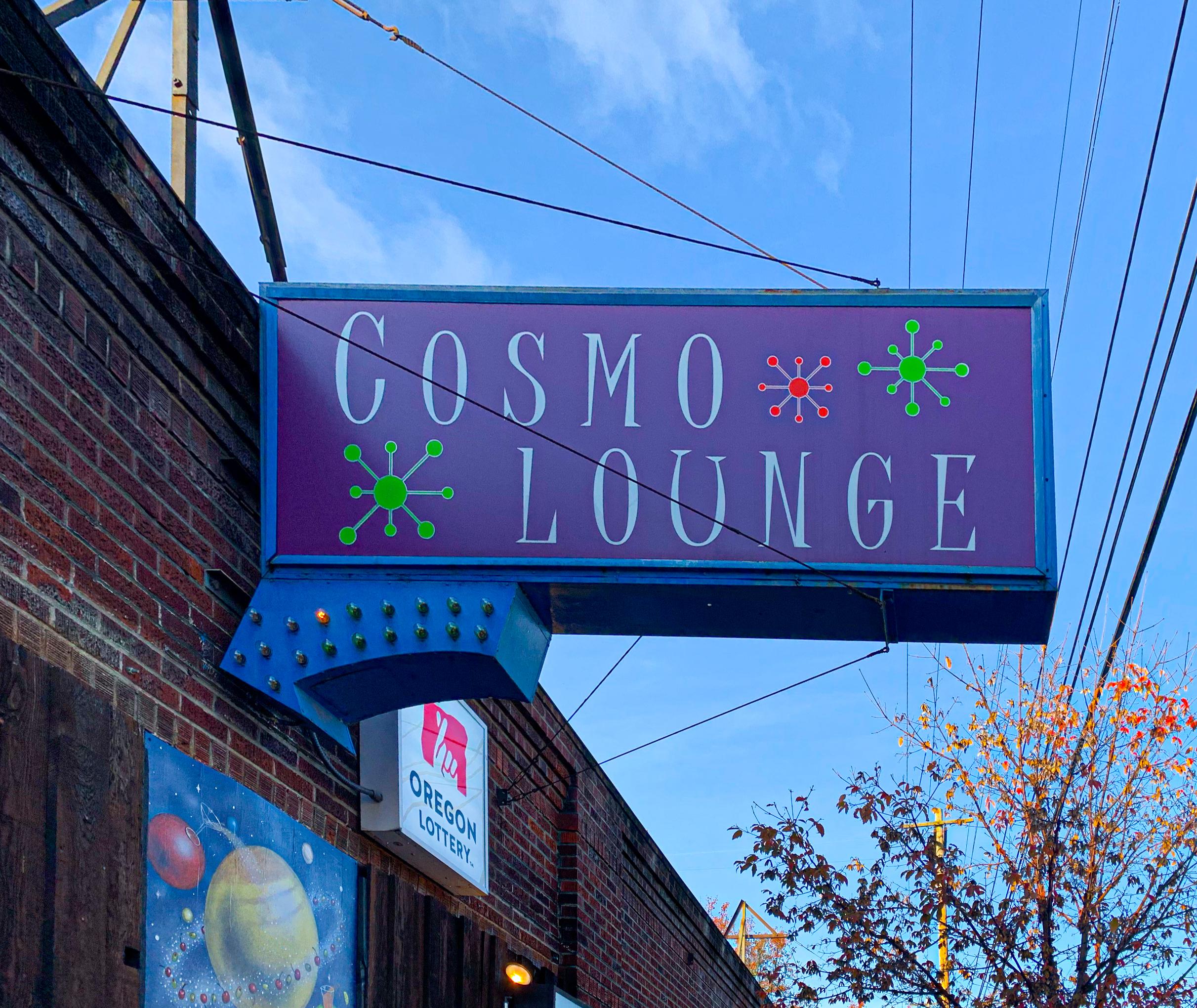 Cosmo Lounge NEW FI