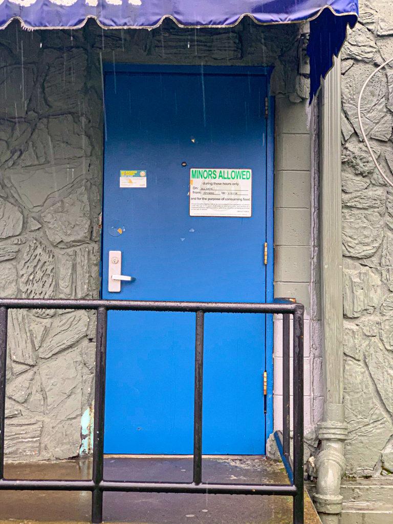 The Spare Room Portland Dive Bars Photos By Steven Shomler
